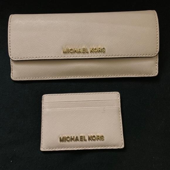 Michael Kors wallet/card holder set